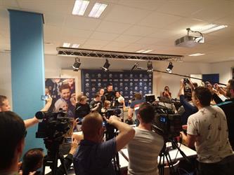 Nieuwe Derbystar Eredivisie Bal