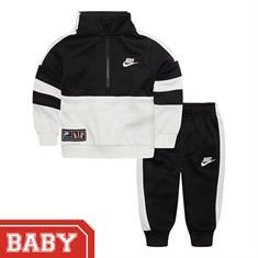 Nike 56e653 JOGGING PAKJE